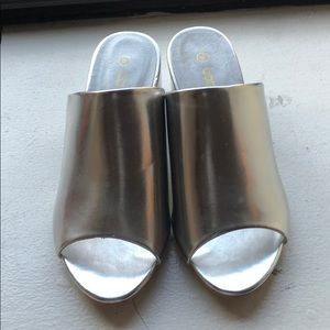 Metallic Slides